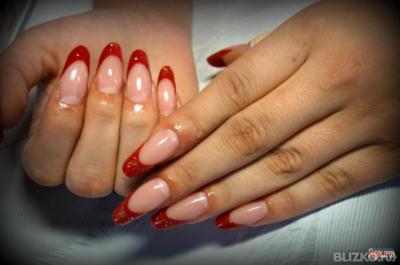 современный миндаль ногти